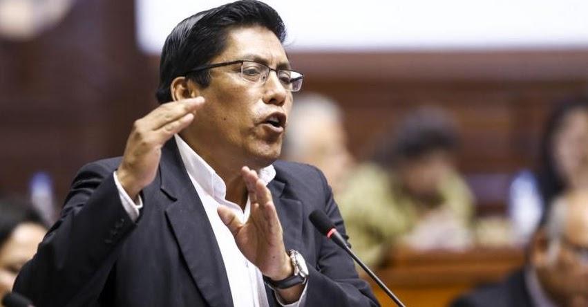 Fuerza Popular actuó en forma desleal frente a diálogo con maestros, afirma Zeballos