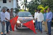 Balakrishna flag off Bharatha Desa Shata Punyakshetra Jaitrayatra-thumbnail-7