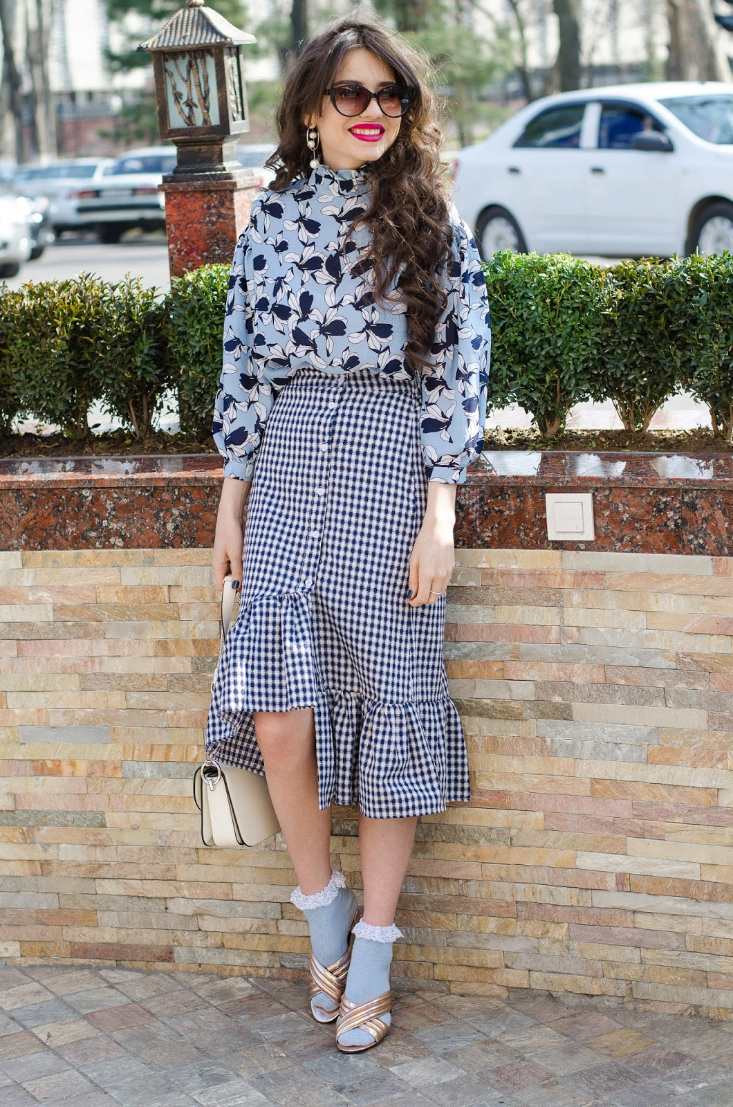 fashion blogger diyorasnotes diyora beta mix prints ruffles checked skirt mules asos socks and heels