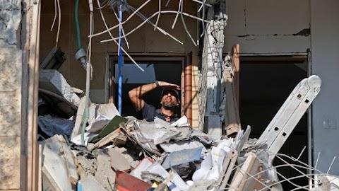 Gázából elindított rakéta csapódott be az övezettől negyven kilométerre lévő Beér-Sevában