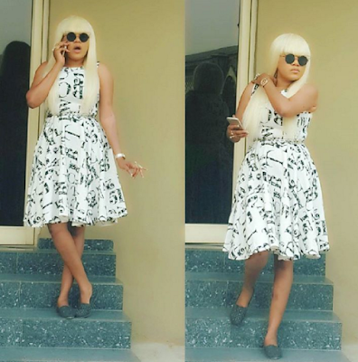 TOYIN AIMAKHU + BLONDE LOOK