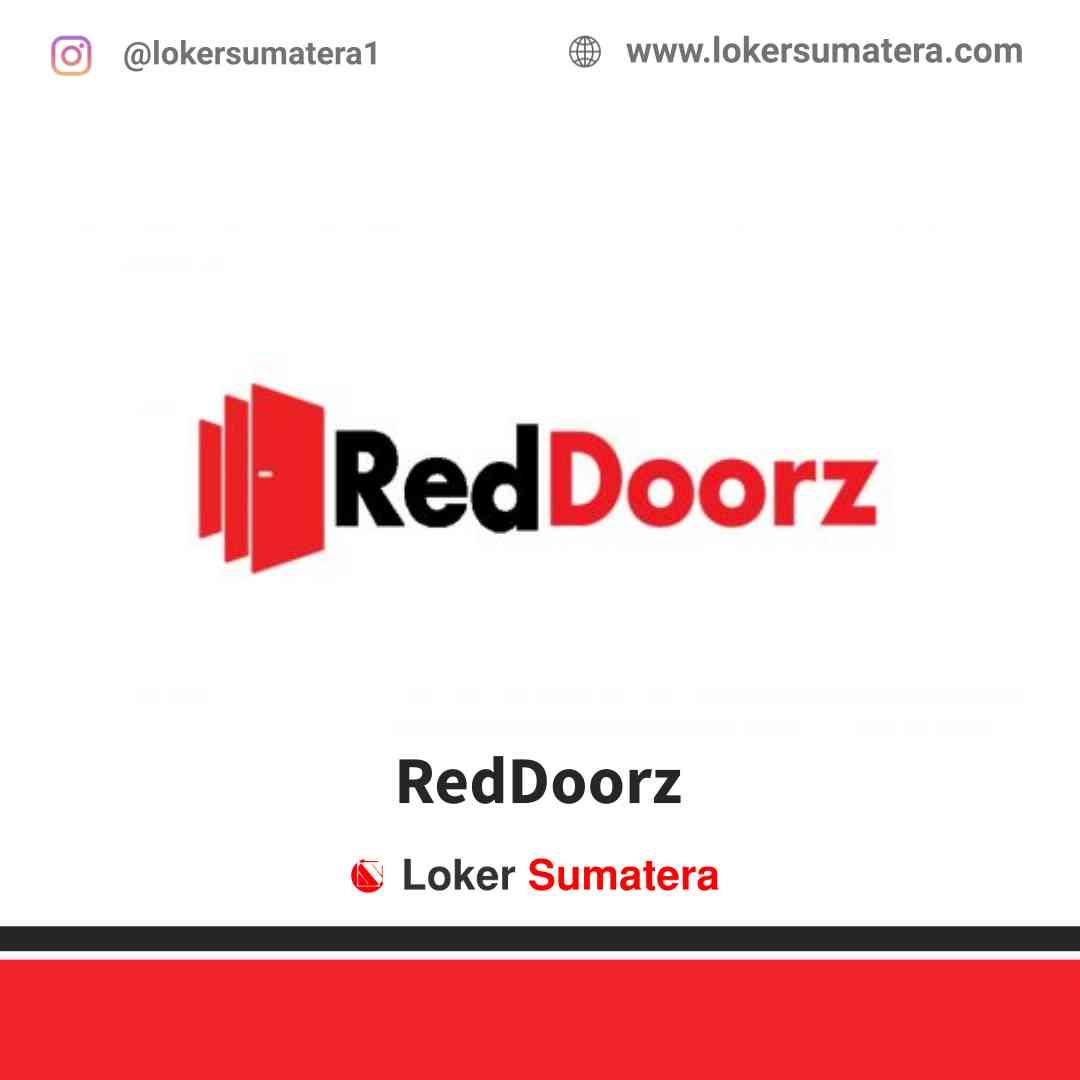 Lowongan Kerja Medan, RedDoorz Juli 2021