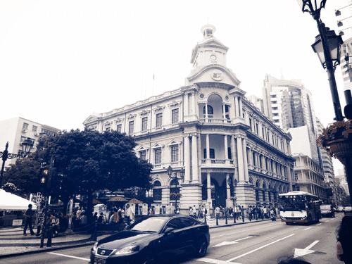 Crossing the street to get to Largo do Senado in Macau