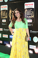 Sridevi Telugu Actressi in green Yellow Anarkali Dress at IIFA Utsavam Awards 017.JPG