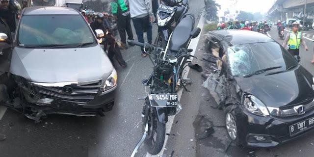 Kecelakaan Beruntun di Casablanca, Driver GO-JEK Tewas