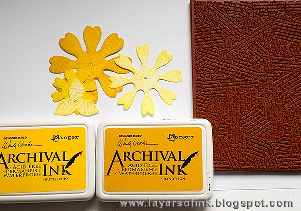 Layers of ink - Yellow Flower Tutorial by Anna-Karin, with Sizzix dies by Eileen Hull