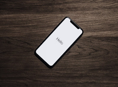 iPhone X lying on the table | on Display | SmartPhones in 2018