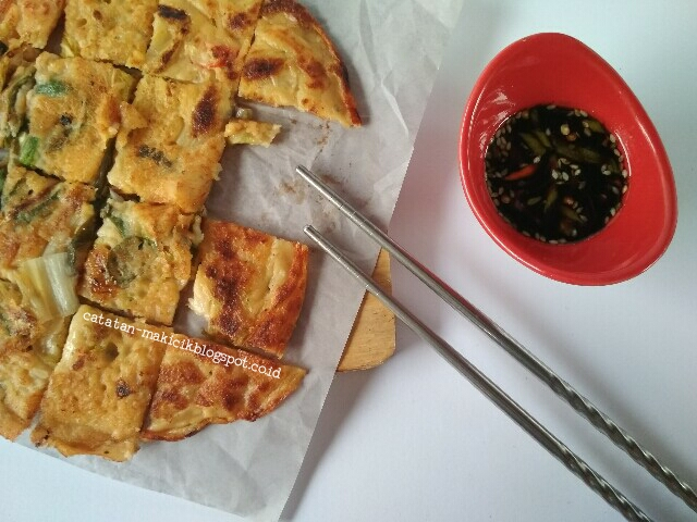 Kimchi Pancake - Kimchi Buchimgae