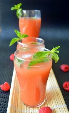 http://palakkadcooking.blogspot.nl/2013/07/raspberry-peach-iced-tea.html