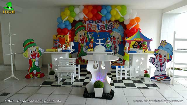 Decoração de festa infantil Patati Patatá para mesa de aniversário