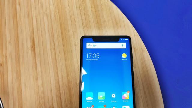 Xiaomi Mi Mix 2 dengan aplikasi XOutofTen