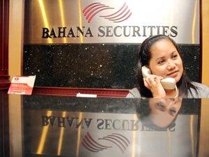 http://rekrutindo.blogspot.com/2012/06/pt-bahana-securities-bumn-vacancy-june.html