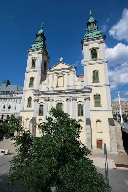 Chiesa parrocchiale Santa Elisabetta-Budapest