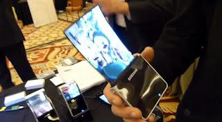 Samsung Terbaru Layarnya Bisa DIlipat