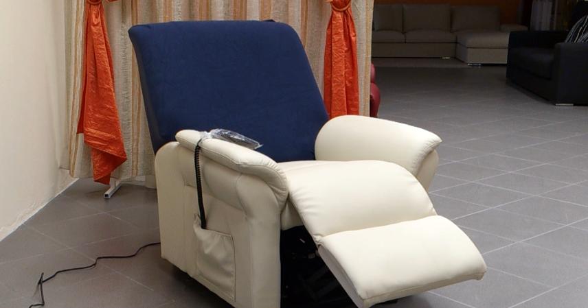 Copri Poltrona Massaggiante.Prezzi E Offerte Poltrone Elettriche Per Anziani E Disabili