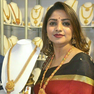 Rachita Ram age, family photos, sister, date of birth, sister photos, hd photos, images, hot, upcoming movies, family, photos of, movies, new photos, hd images, in saree, kannada photos, kannada, hot photos, videos, hd wallpapers, hot images, songs, hot hd photos, darshan photos