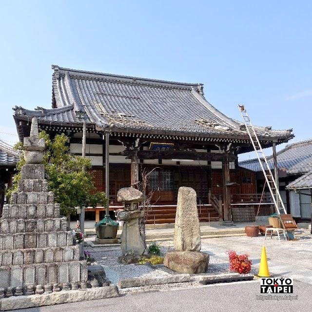 【平等寺】安土駅前看來很古老的寺院 大門關著卻沒有圍牆