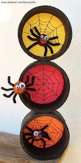 ragni con scovolini per halloween