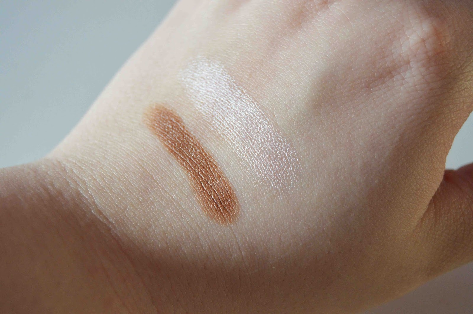 chubby stick contour highlight Clinique sculpting swatches