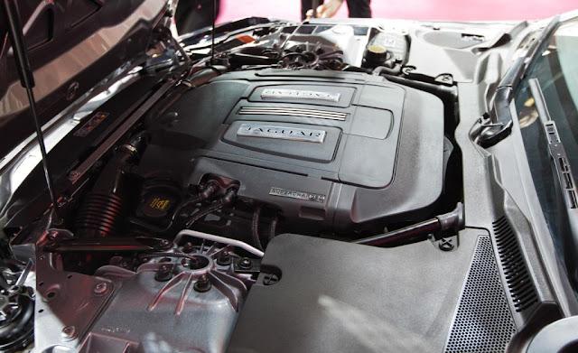 2013 Jaguar F-Type Roadster Engine
