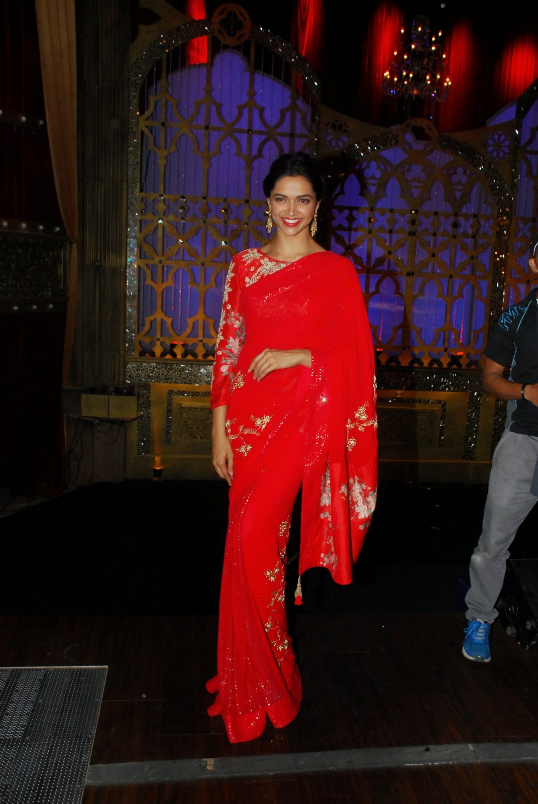 High Quality Bollywood Celebrity Pictures Deepika -9750