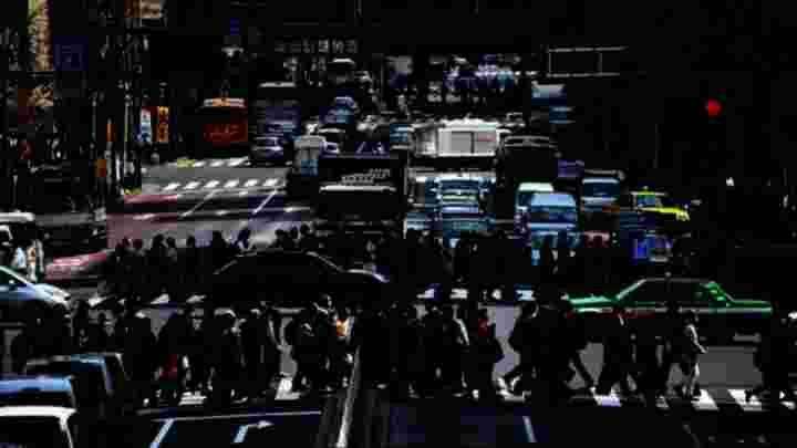 Travessia de pedestres em conformidade com um padrão matemático
