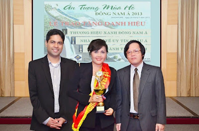 Bà Nguyễn Thị Kim Lợi- Phó Giám Đốc Cty Ba Lá Xanh