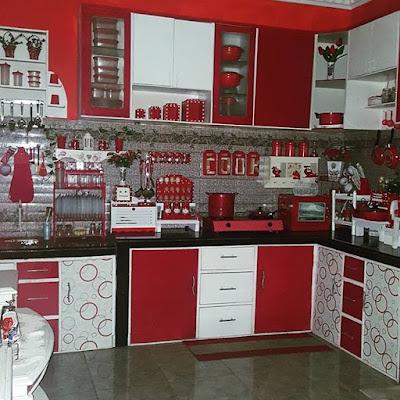 Salam hangat dan semangat selalu serta ucapan selamat datang bagi kalian yang sekarang be Desain Dapur Cantik Dan Elegan Ukuran Kecil Ruangan Sempit