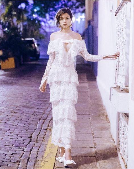 Ana Beatriz Barros, vestido de noiva civil, foto modelo