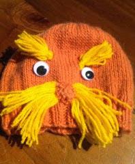 http://translate.google.es/translate?hl=es&sl=en&tl=es&u=http%3A%2F%2Ftheknitguru.com%2F2014%2F05%2F01%2Florax-hat-knitting-pattern%2F