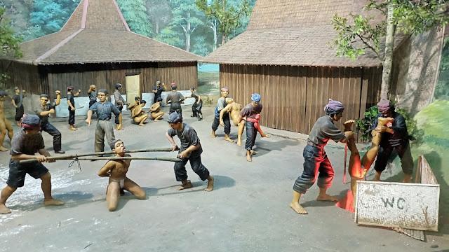 diorama museum pengkhianatan pki pondok gede jakarta