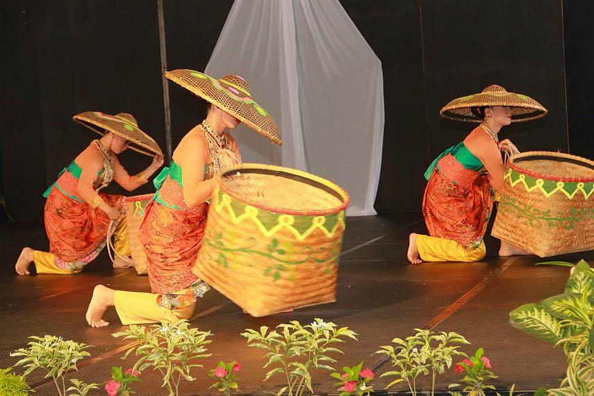 Tari Panarat, Tarian Tradisional Dari Jawa Barat