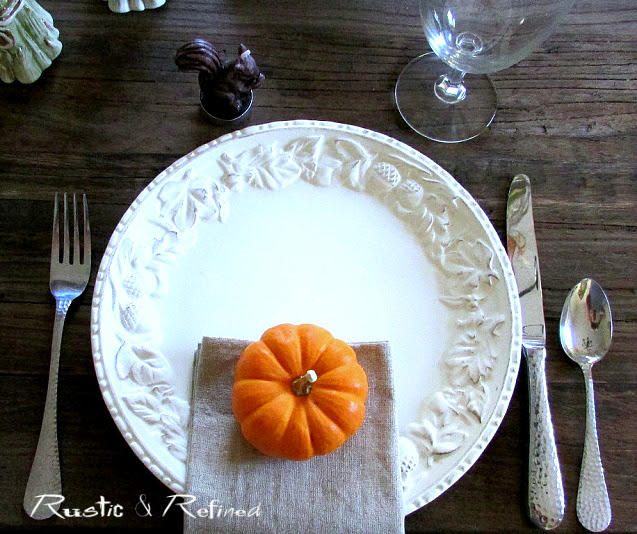 Pretty Fall Table Idea