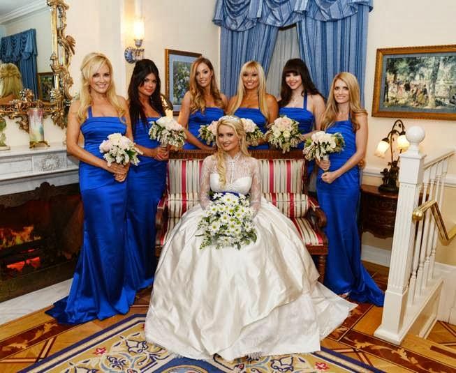 Holly Madison Wedding.Holly Madison S Blue Bayou New Orleans Square Disneyland Wedding
