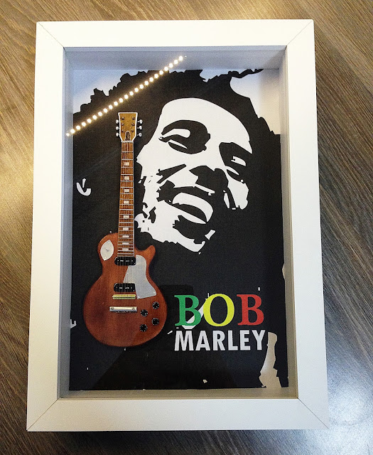mini guitarra bob marley