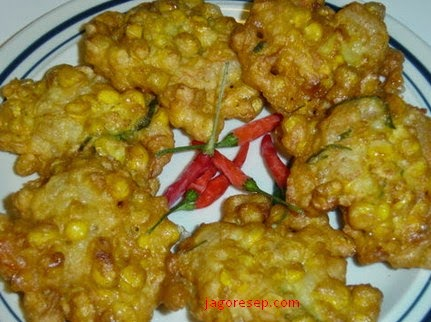 Resep Membuat Bakwan Jagung Enak Crispy (Corn Bakwan Tasty Recipes)