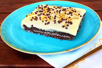 Sütlü kakaolu çikolatalı irmik tatlısı tarifi Nasıl yapılır kolay lezzetli videolu nefis tatlı yemek tariflerisemoline dessert sweet recipe delicious yummy taste tasty