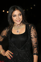 Sakshi Agarwal looks stunning in all black gown at 64th Jio Filmfare Awards South ~  Exclusive 130.JPG