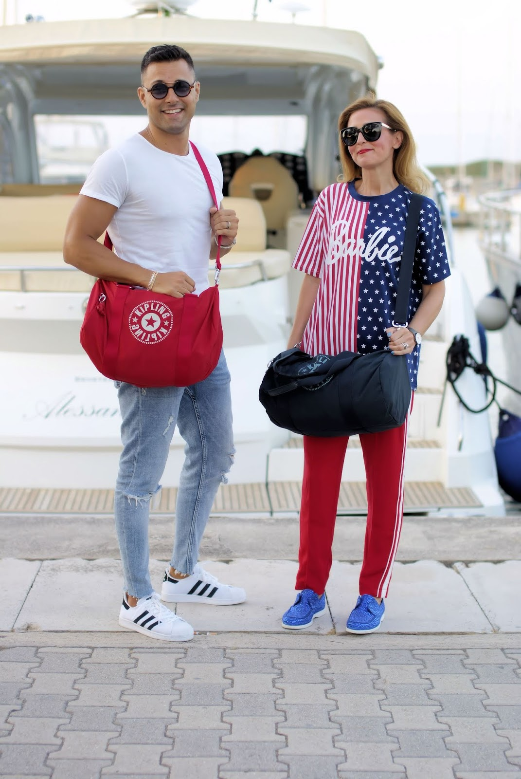 Onalo unisex duffle bag from Kipling New Classics collection on Fashion and Cookies fashion blog, fashion blogger style