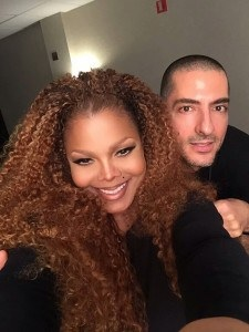 JANET JACKSON PUTS TOUR ON HOLD TO PLAN HER FAMILY