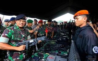 Panglima TNI Optimis Bisa Memberangus Terorisme - Commando