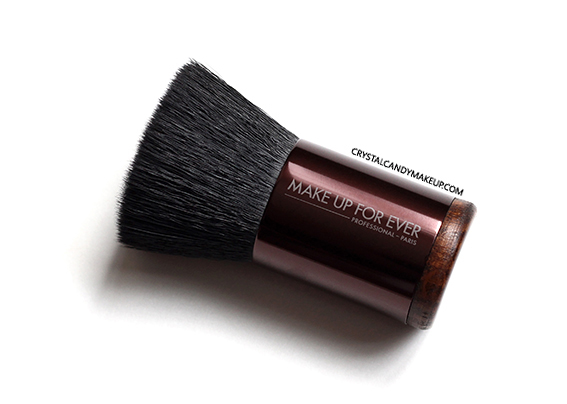 Make Up For Ever Pro Bronze Fusion Kabuki Brush Review