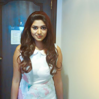 South Indian Actress Oviya Latest HD Photos