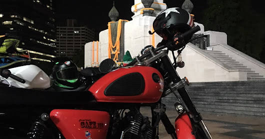"Saturday Biker Meet-Ups at Lumpini ""Rama 4"" Statue - 2100"