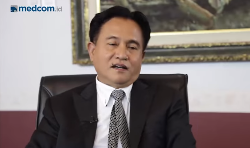 Yusril, Pilih Dukung Joko Widodo - KH.Ma'ruf Amin