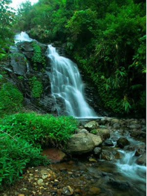 Binangun Watu Jadah waterfall