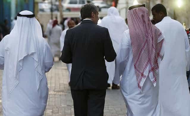 SAUDI SUSPENDS EXPATS IQAMA RENEWALS ON LIST OF PROFESSIONS