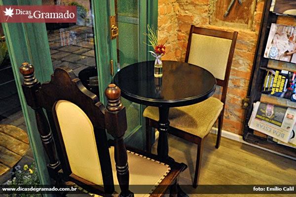 Mesa no bistrô Josephina, em Gramado