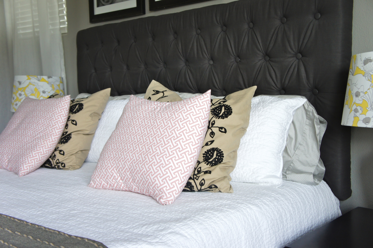 Pretty Dubs 14 Ways To Arrange Bed Pillows