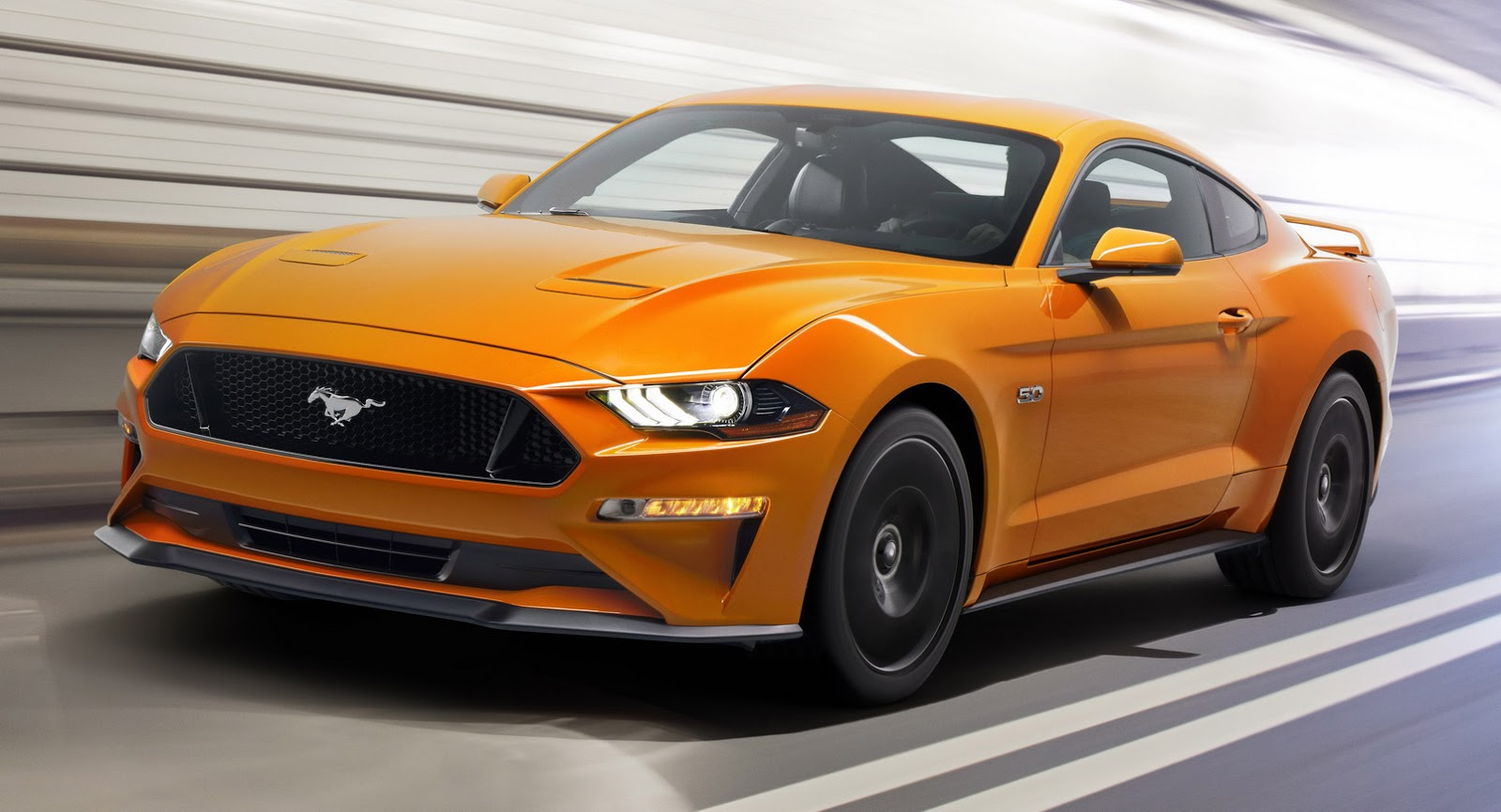 2018 vs 2017 ford mustang poll photo comparison carscoops. Black Bedroom Furniture Sets. Home Design Ideas